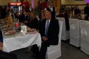 Basescu, invitat de onoare la o nunta cu 2.000 de participanti! Elena Udrea a fost si ea prezenta la petrecerea care a avut loc in 7 sate!