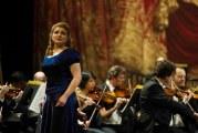Soprana Andreea Soare, pe scena Carnegie Hall! Nascuta in Ramnicu Valcea, Andreea va canta de Ziua Romaniei