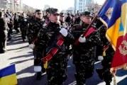 1 Decembrie le aduce slatinenilor o parada militara, 2.000 de portii de fasole si aprinderea luminitelor de Craciun
