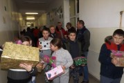 Cadouri pentru 12.000 copiii din Mehedinţi, de la copiii din Germania! O actiune umanitara care dateaza de 16 ani!