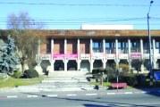 Cel mai mare tun imobiliar din Gorj: Casa de Cultura este scoasa la vanzare, iar Primaria Tg. Jiu nu se opune transferului de proprietate!
