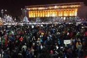 Noi proteste in toata tara! Jandarmi calare pentru cei 10.000 de bucuresteni, linguri si oale la Cluj si scandari printre colinde la Timisoara!