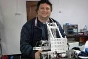 Informaticianul român care a atras atenţia serviciilor secrete engleze după ce a construit o dronă specială