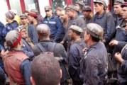 Minerii din Gorj, protest spontan la intrarea in schimbul de noapte! Ortacii ameninta ca vor veni la Ministerul Energiei!