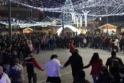 La Turnu Severin si Ramnicu Valcea. oltenii au incins hora romaneasca si au intampinat Anul Nou sub o ploaie de artificii!!
