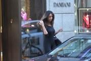 Slătinenca Mădălina Ghenea face furori la Milano! Vezi cum au surprins-o paparazzi la shopping!
