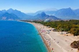 Cadou pentru olteni inainte de vacanta de vara: cursa charter de pe Aeroportul din Craiova direct catre Antalya!