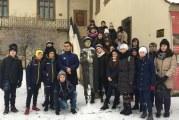 """""""Amicii istoriei"""" din Cetatea Severinului invata istoria, altfel! Afla cum a reusit un profesor sa starneasca interesul elevilor sai pentru trecutul patriei!"""