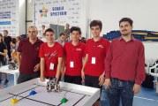 Trei adolescenţi de top din Slatina vor reprezenta România la Campionatul Mondial de Robotică!