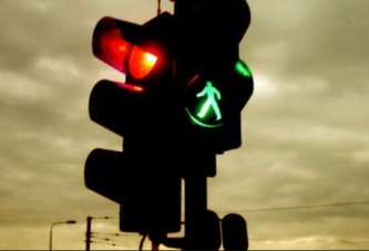Slatina va avea semafoare inteligente! Noile dispozitive de semnalizare optică vor funcţiona după intensitatea traficului!