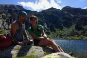 Doi bloggeri din Anglia, aflaţi într-o călătorie în jurul lumii, s-au îndrăgostit de România
