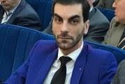 """Directorul Filarmonicii din Craiova le doreste """"macar un glont in cap"""" mamelor care au iesit cu copiii la protestele din Piata Victoriei!"""