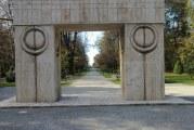 Calea Eroilor din Targu Jiu, la un pas sa fie modernizata! Aleea care cuprinde marile opere ale lui Brancusi va avea un buget de 40 de milioane de euro pentru refacere!