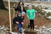 100 de stejari la Horezu pentru 100 de ani de Romania! Autoritati ale statului, judetului si regiunii au participat alaturi de 100 de elevi la plantarea stejarilor!