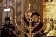 Evreii au intrat in Sarbatoarea Luminilor, Hanuca! Vezi de ce este important sa se aprinda 40 de lumanari in 8 seri la rand!