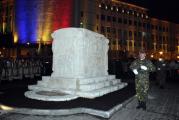 Mausoleul in care este inmormantata Ecaterina Teodoroiu a fost dezvelit cu mare fast la Targu Jiu! Restaurarea monumentului a costat 700.000 de lei!