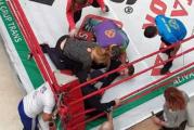 """Mircea Badea a fost trimis in lumea viselor in doar 6 secunde! Vedeta Antenei 3 a fost facut KO de """"motociclistul"""" Emi, cel care il mai batuse si in 2014!"""
