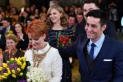 NUNTA MARE IN CRAIOVA! Lia Olguta Vasilescu s-a casatorit civil cu Claudiu Manda! De la ceremonie a lipsit liderul Partidului Social Democrat, Liviu Dragnea!