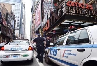 New York, din nou sub teroare! Un mare lider mafiot a fost asasinat in fata propriei case! De 35 de ani nu mai fusese un asemenea act in orasul american!