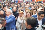 Miting PSD cu totul special la Craiova!  Liviu Dragnea a anuntat nunta iminenta cu Irina, iubita sa, si i-a invitat pe Olguta Vasilescu si Claudiu Manda sa le fie… nasi!