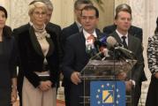 Protest al elevilor la Guvern. Orban: Analizăm un sistem mixt