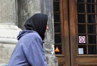 Un milion de români primesc indemnizație socială
