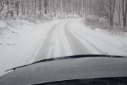 Zăpadă în nordul județului Mehedinți
