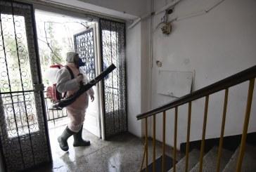 Se reia dezinfectarea scărilor de bloc din Craiova