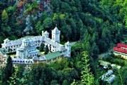 Consolidarea Mănăstirii Tismana, la 15%. CNI va finaliza lucrările peste un an