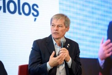 """Dacian Cioloș despre poza cu Orban fumând: """"Plata amenzii nu te face om de stat!"""""""