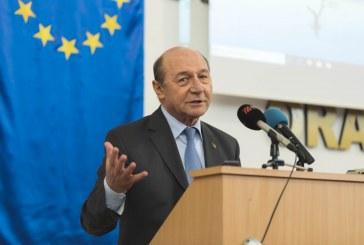 """Traian Băsescu îl ceartă pe  Ludovic Orban: """"Ce mai aştepţi, omule?"""""""
