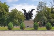 Bătălia pentru Craiova: festival Untold (PNL) sau Dracula Park (PSD)?